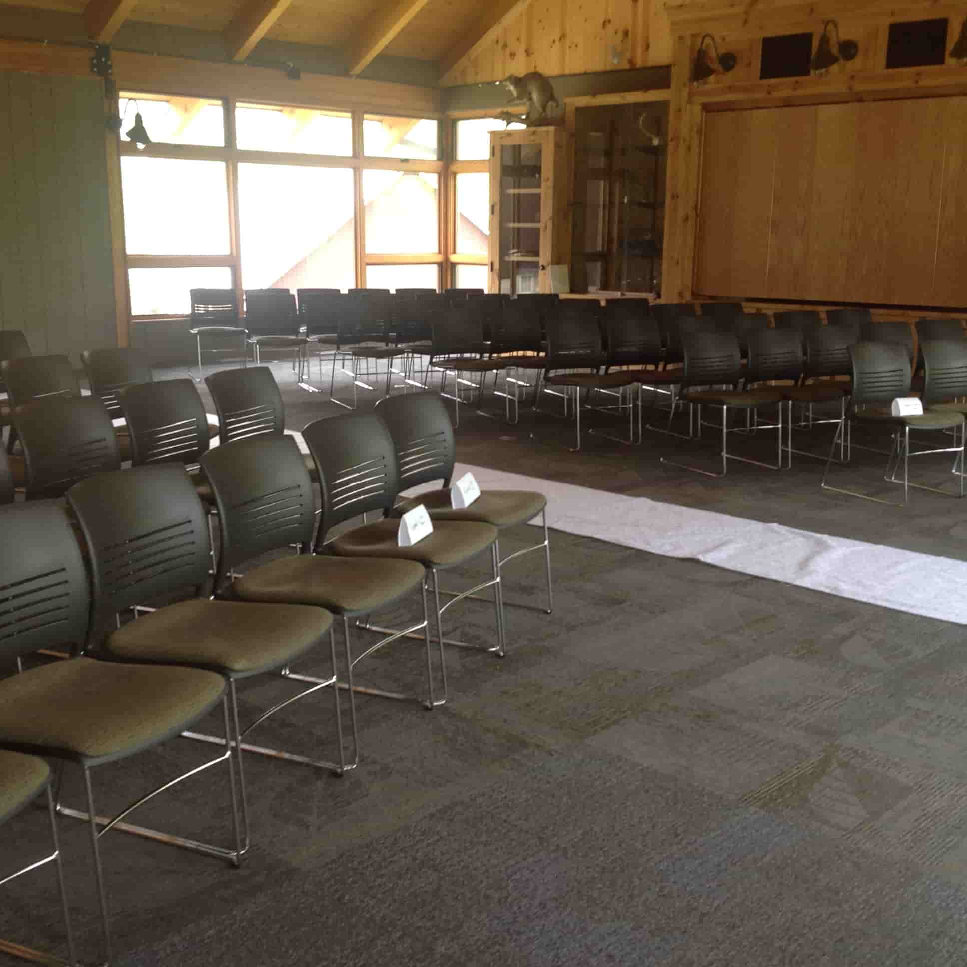 Mauring Center Seating